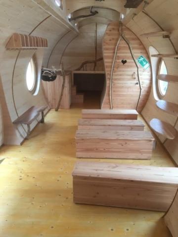 organische Türen und Möbel